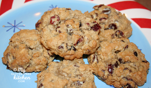 Swirled Chocolate Chip Cranberry Oatmeal Cookies