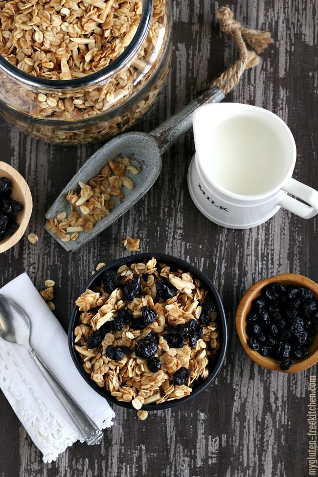 Gluten-free Almond Vanilla Granola