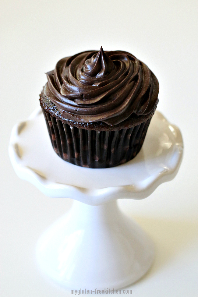 Gluten-free Chocolate Cupcake with Fudge Frosting