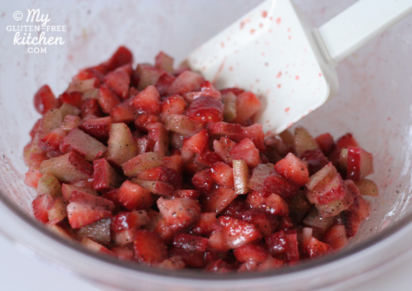 Strawberry Rhubarb Hand Pie Ingredients