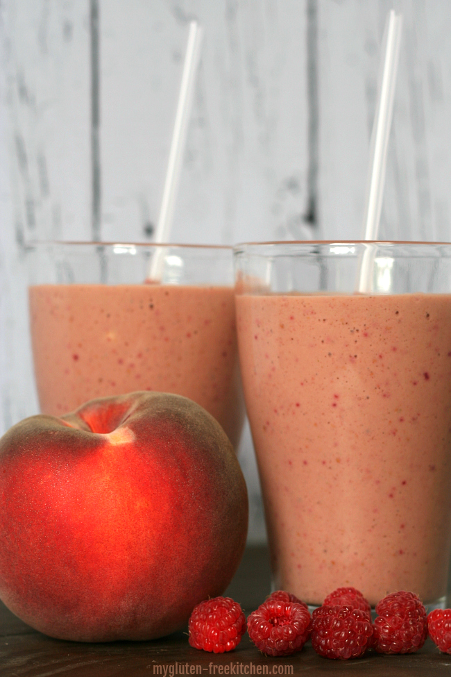 Gluten-free Raspberry Peach Smoothie