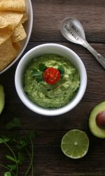 Simple Guacamole Recipe. Easy with just 5 ingredients.