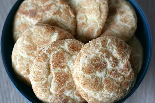 plate of gluten free snickerdoodle cookies