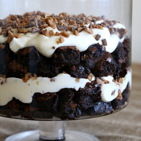 Gluten-free Brownie Pudding Toffee Trifle. Perfect dessert for a crowd of chocolate lovers!