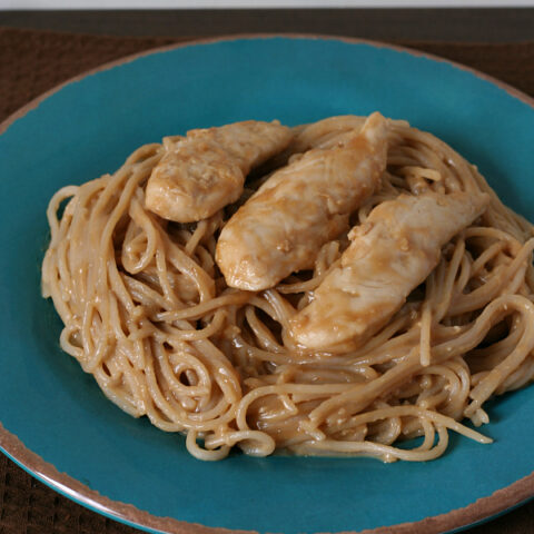 Gluten-free Peanut Butter Pasta and Chicken - An easy and delicious dinner you can have on the table in less than 30 minutes!