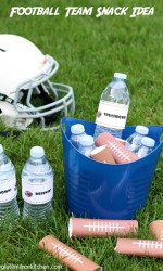 Are you Snack Mom for the kids' Football game? Here's a snack idea with free printables. Quick, easy, cheap and even gluten-free!