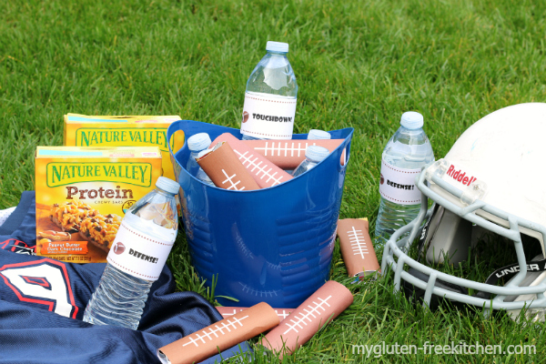 Football Team Snack idea using gluten-free protein bars. Free printables!
