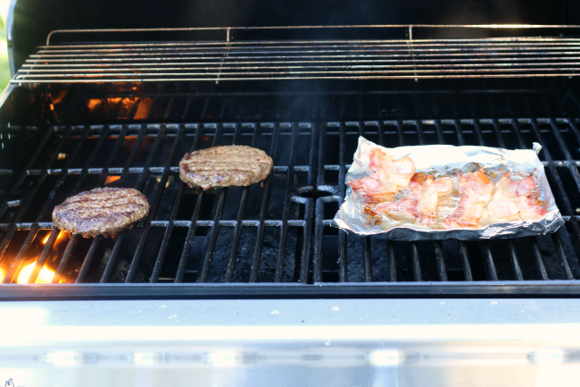 Grilling burgers and bacon for Bacon Blue Cheese Burger Salads