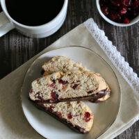 Gluten-free Almond Biscotti {dairy-free}