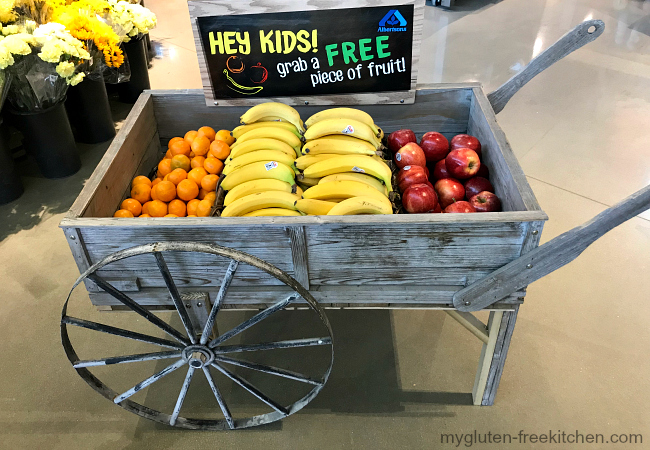 Free Fruit for Kids Cart at Albertsons