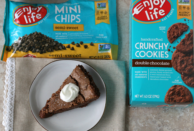 Gluten-free Fudge Pie with Enjoy Life Cookies and chocolate