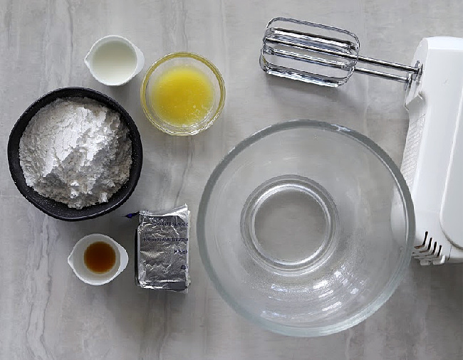 Making Cream Cheese Frosting